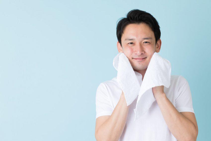 メンズ洗顔料は年代で選ぼう!正しい洗顔・クレンジング方法も確認