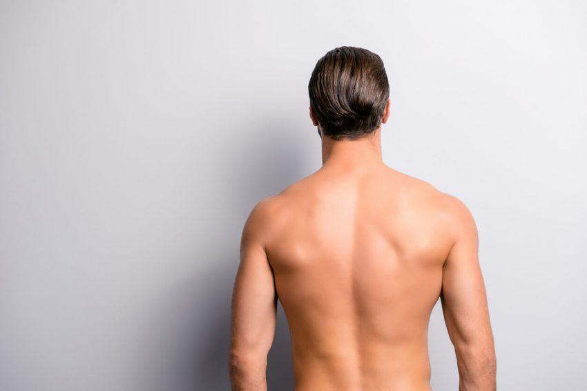 肩の毛は意外に目立つ!早めにしっかり脱毛して夏に臨もう!