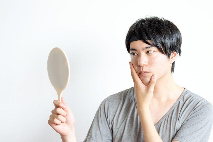 スッキリ小顔に見せる!メンズにおすすめのむくみ解消マッサージ術3選